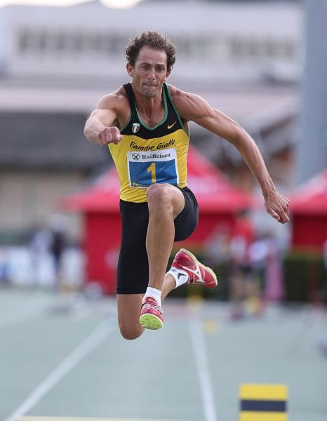 Fabrizio Donato esordisce nel triplo ad Ancona con la miglior prestazione mondiale del 2015