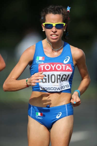 Eleonora Giorgi vince la Walk&Middle Distance Night di Milano