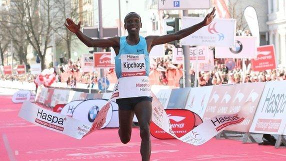 Risultati Maratona di Londra 2015, vince a sorpresa Eliud Kipchoge
