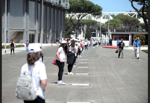 Malagò inaugura a Roma 'Walk of Fame', 100 mattonelle per 100 campioni