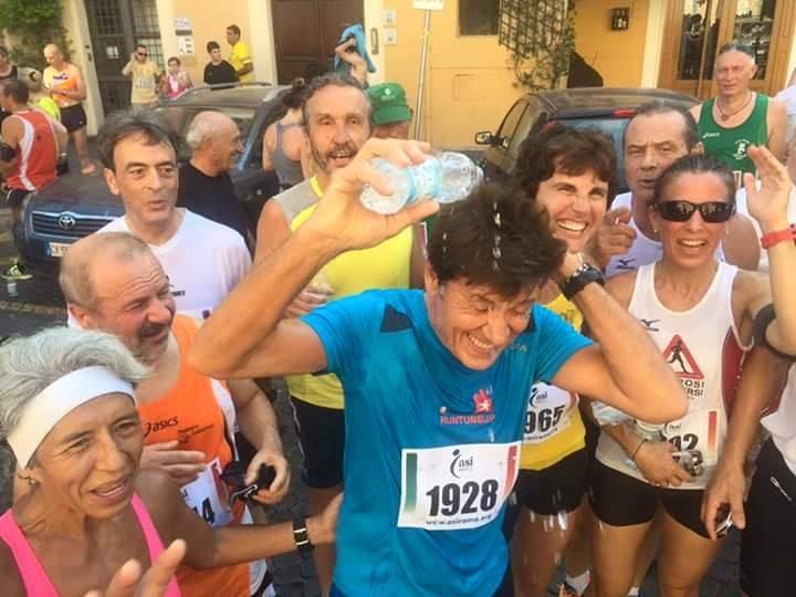 Corsa de 'noantri Roma 2015, vincono Giorgio Calcaterra e Annalisa Gabriele, c'era anche Gianni Morandi