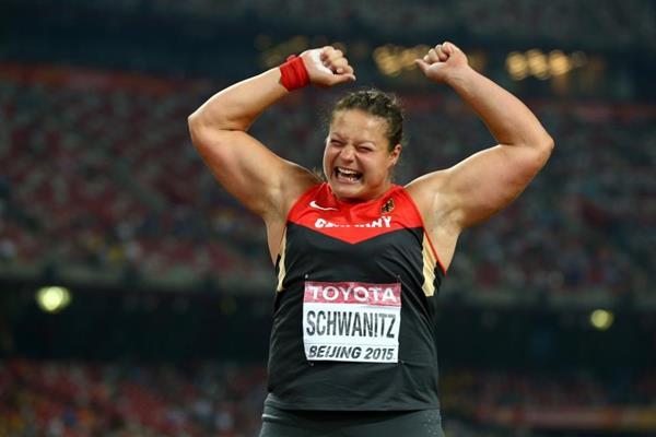 Mondiali Pechino, Nel getto del peso femminile oro alla tedesca Schwanitz in un testa a testa con la cinese Gong Lijiao