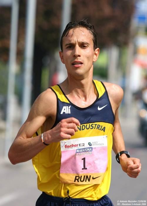 Pertile vince la  Mezza Maratona di Monza