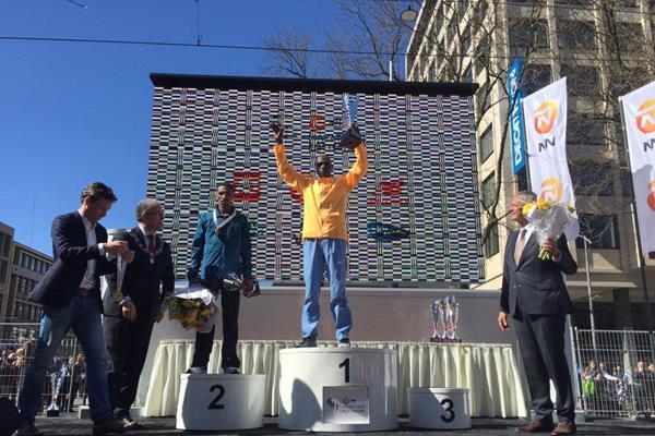 Maratona di Rotterdam 2016: la vittoria va Marius Kipserem e Letebrhan Hayley Gebreslasie