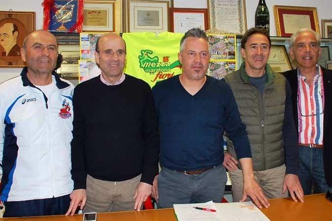 Tremila atleti da tutta Italia per la Maratonina dei Fiori di San Benedetto del Tronto (AP)