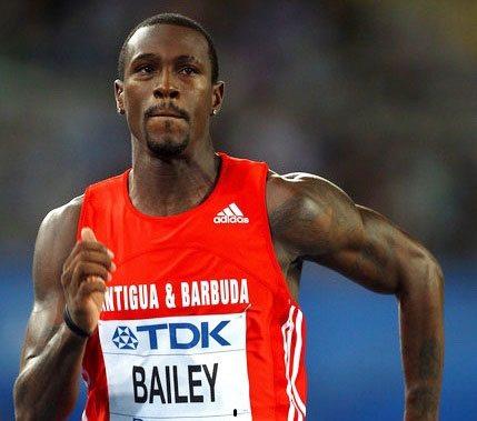 Il velocista 20enne Cejhae Greene(Antigua & Barbuda) corre i 100 metri in 10.01