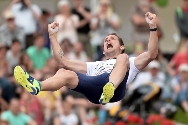Renaud Lavillenie miglior prestazione mondiale con 5.95 ai campionati francesi