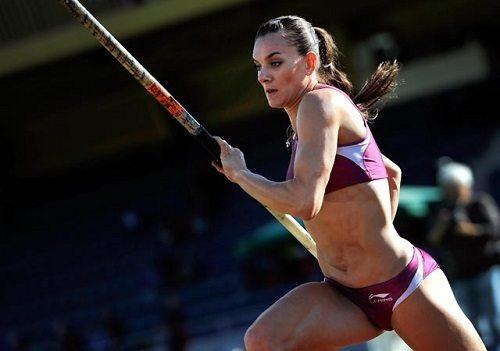 IL VIDEO DI Yelena Isinbayeva m. 4,90, miglior prestazione mondiale 2016