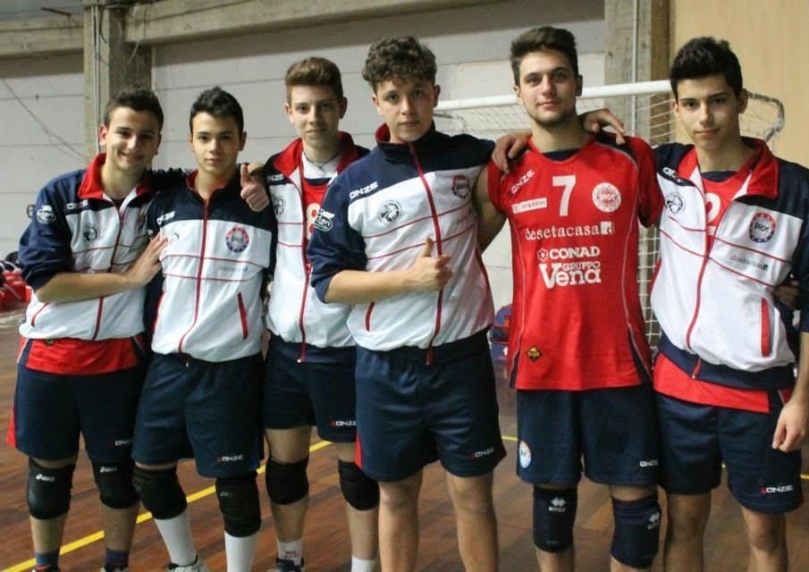 Lorenzo Turco, pallavolo: bisogna sudare per arrivare al successo tutti insieme-di Matteo SIMONE