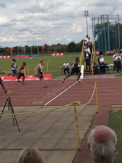 Il britannico Joel Fearon corre i 100 metri in 9.96, terzo tempo di sempre in GB