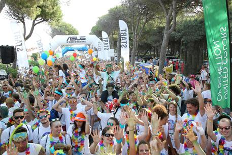The Color Run: Oltre 16 mila nel tramonto di  Lignano