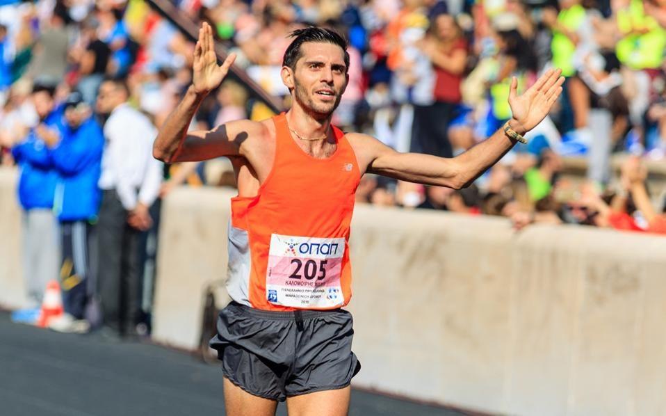 """La storia del maratoneta greco che non si era """"accorto"""" di essersi qualificato per Rio"""
