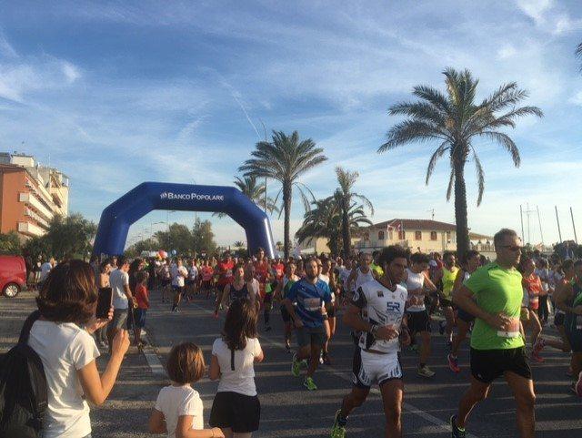 Risultati Versilia Half Marathon: Vincono Stefano Politi e Leanna Fabbri
