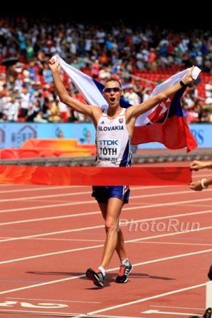 Il campione olimpico di marcia Matej Toth operato al tendine della gamba sinistra
