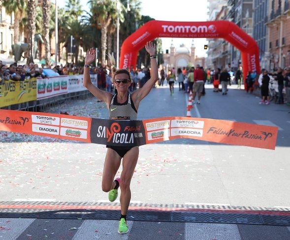 Valeria Straneo vince la San Nicola Half Marathon
