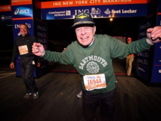A 96 anni è il più anziano runner a completare la Maratona di New York 2016