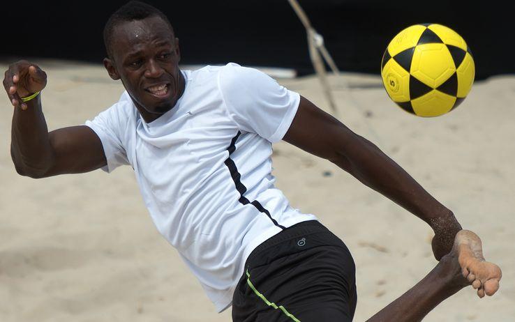Usain Bolt chiama Mourinho, prendimi a giocare nel Manchester United
