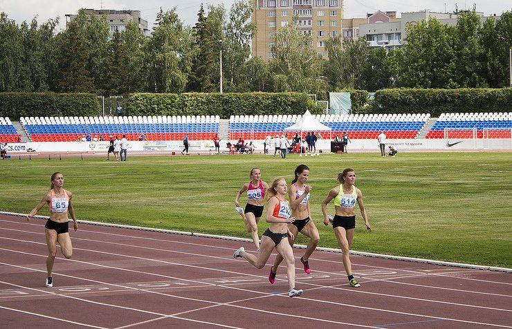 La Russia propone di far gareggiare i suoi atleti sotto una bandiera neutrale