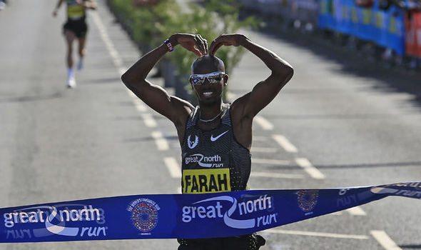 """Mo Farah annuncia: """"Dopo i mondiali di Londra 2017 passerò alla Maratona"""""""