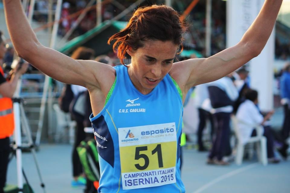"""Claudia Pinna e  Said Boudalia vincono  la mezza maratona """"Cagliari respira"""" 2016"""