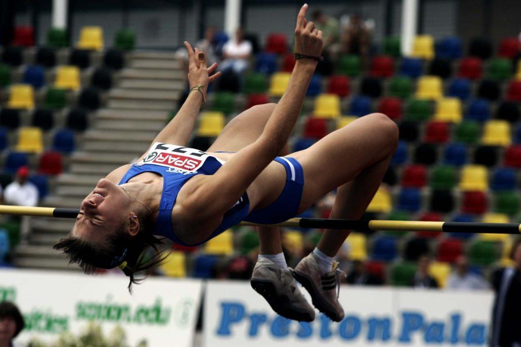 Serena Capponcelli sale a quota 1,89 nel salto in alto