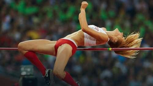 Kamila Lićwinko vola nell'alto a m. 1,97, miglior prestazione mondiale