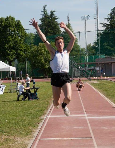 Italiani allievi Ancona: Davide Rossi vince il salto in lungo