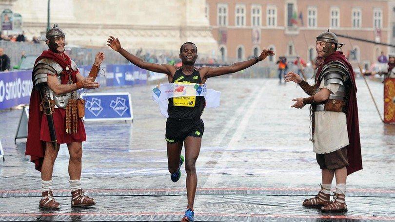 Maratona di Roma: mancano 4 giorni, info percorso, orario, programmazione tv e come entrare gratis nei musei grazie all'Art Card