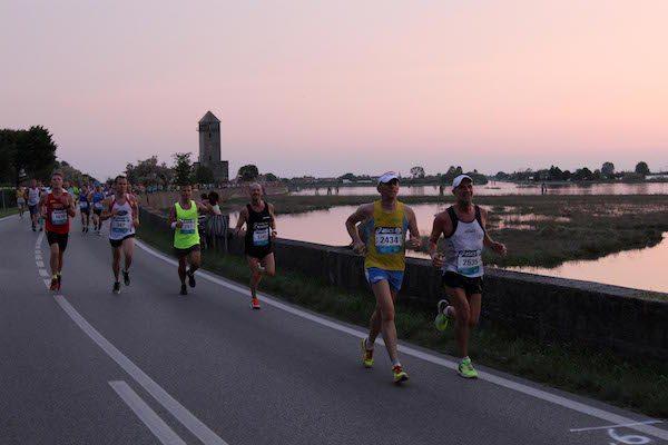 Volano le iscrizioni alla 7^ Moonlight Half Marathon!