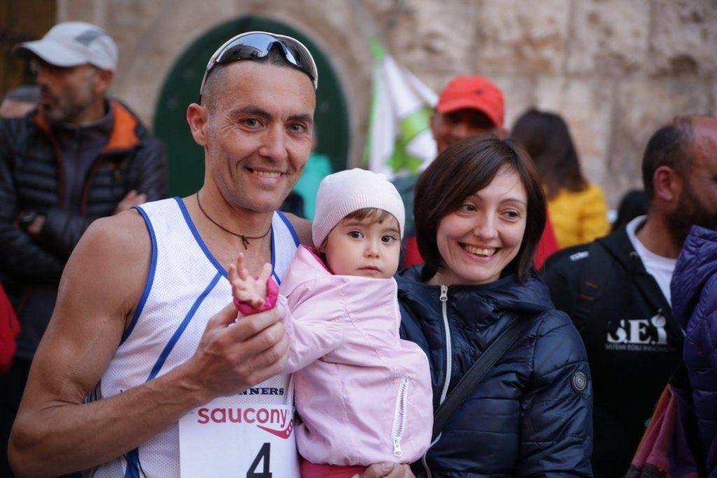 Stefano Velatta vince la 6 ore Coratina: Io alleno anche la testa- di  Matteo SIMONE