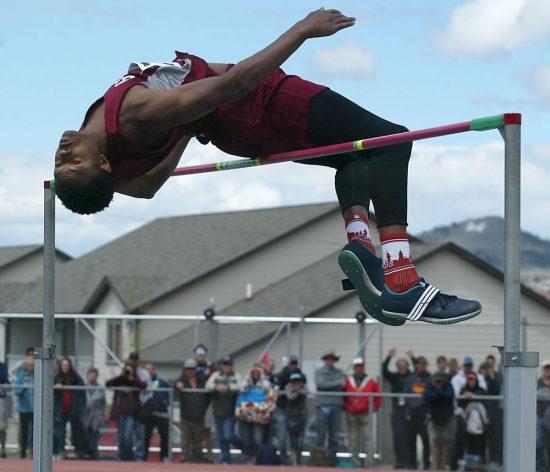 Nell'alto 14enne statunitense salta 2,17, record del Mondo- Il video