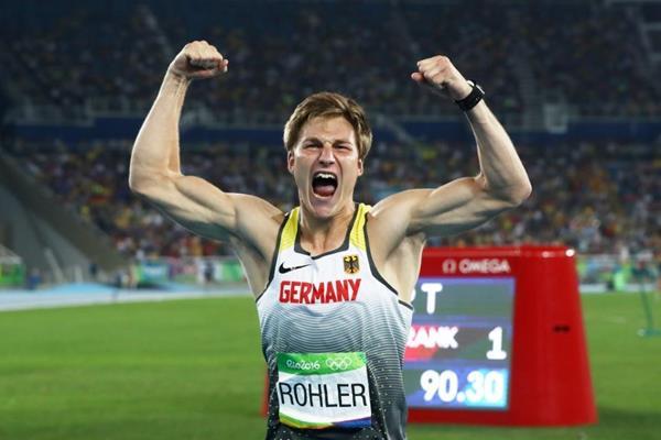 A Doha vola lontano il giavellotto di Thomas Röhler, Michelle Carter vince il peso