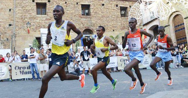 """Torna a Castelbuono la """"maratonina dei 10 giri"""", la corsa più antica d'Europa"""