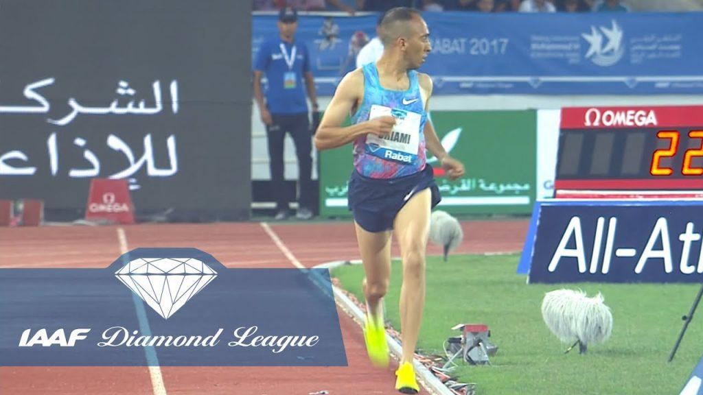 Runner corre per 200 metri da solo, era falsa partenza- IL VIDEO