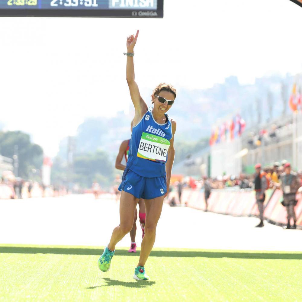 Catherine Bertone e la favola di Berlino:  Record Mondiale Master W45 di Maratona per l'azzurra