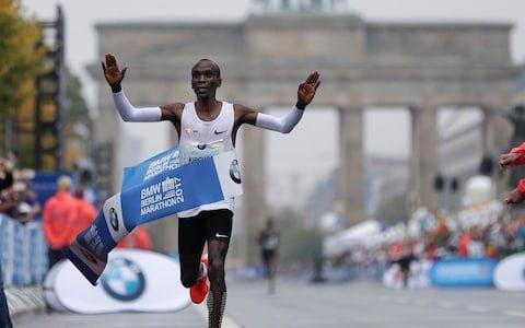 Eliud Kipchoge a Berlino stabilisce la 7^ prestazione all time, ecco le 12 maratone maschili più veloci della storia