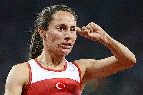 La turca Asli Cakir Alptekin squalificata avita