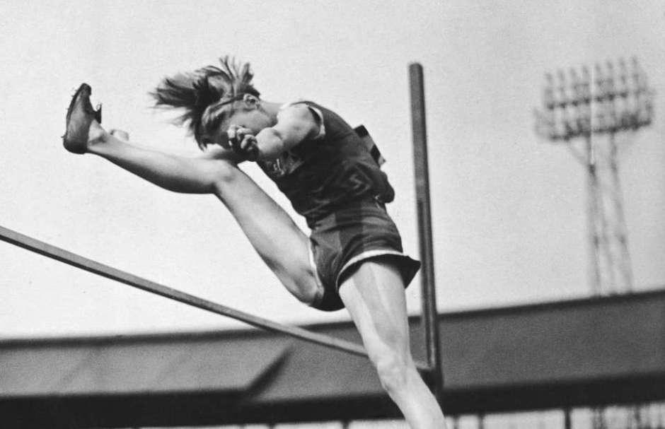 Grandi sfide del salto in alto:  Con e Tim Leahy vs Jones e Porter (1900-1910) e Odam-Tyler (36-56) vs Csak (36-38)- di Giuseppe Baguzzi