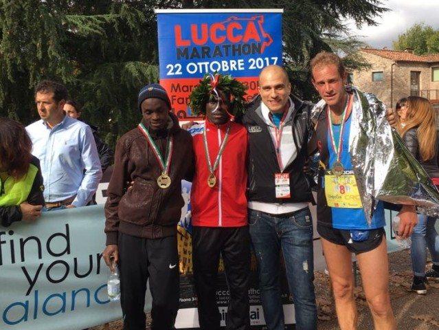 Risultati Lucca Marathon: vince il ruandese Simukeka