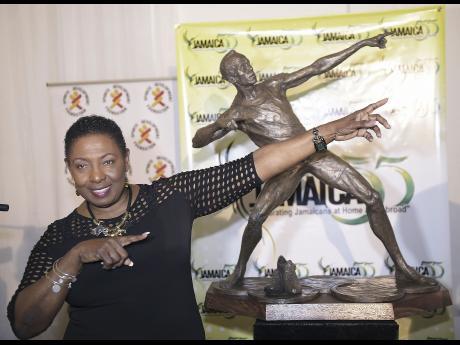 Usain Bolt venerdi 13 ottobre avrà finalmente la sua statua