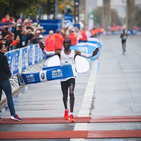 Eliud Kipchoge e Mary Keitany sono i migliori maratoneti al Mondo del 2017