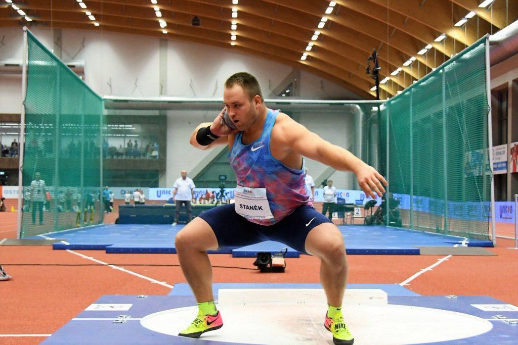 Getto del peso: Tomáš Staněk centra la miglior prestazione mondiale indoor