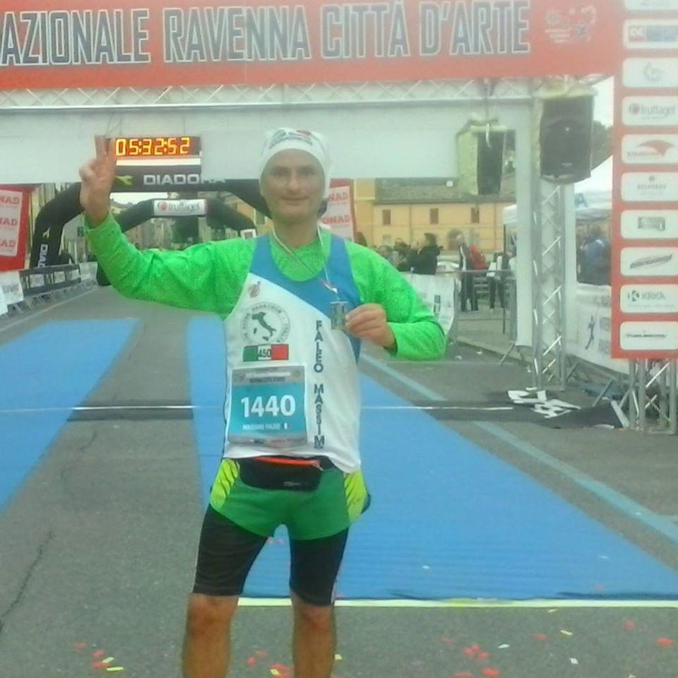 Massimo Faleo al traguardo delle 500 maratone