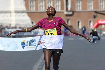 Maratona di Roma: Rahma Tusa punta alla terza vittoria consevutiva