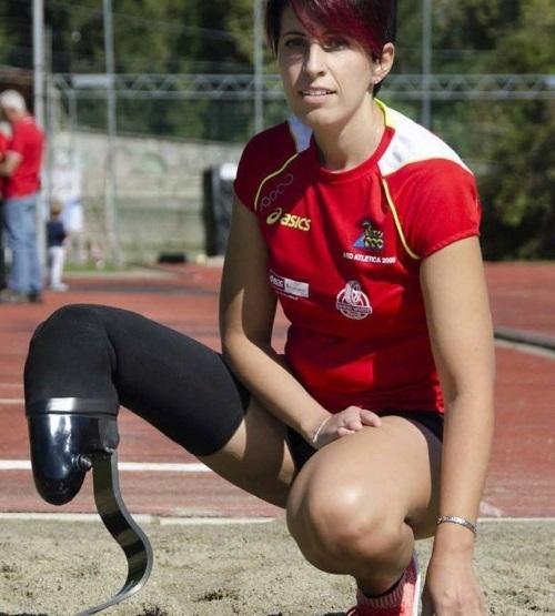 Daniela Pierri, l'atleta paralimpica che punta a Tokyo 2020,   si racconta a studenti e disabili