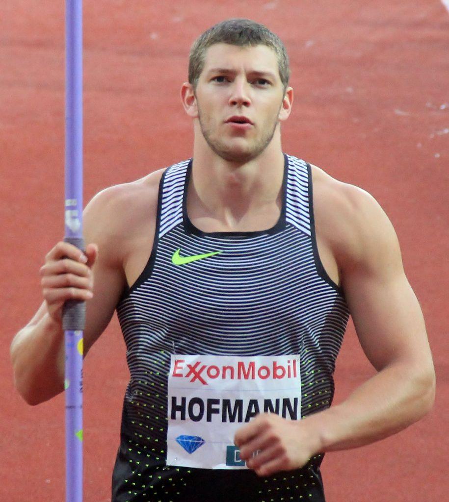 Mega spallata di Hofmann nel giavellotto in Germania