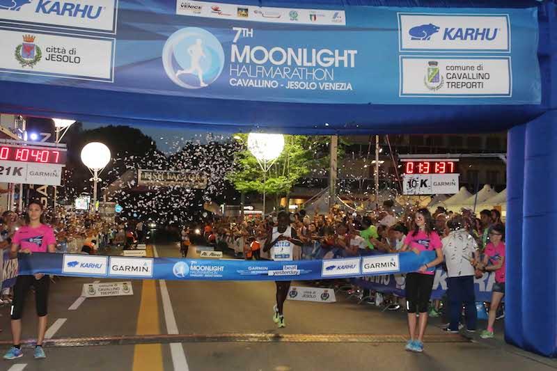 Domani si corre l'8^Jesolo Moonlight Half Marathon e 10K