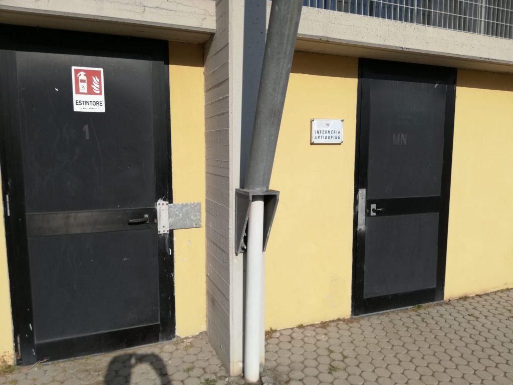 Ladri ancora in azione al campo di atletica di Lucca