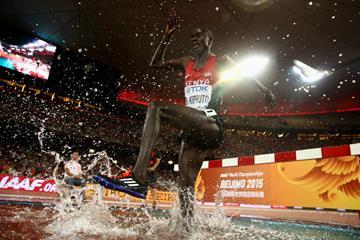 Con una sola scarpa Conselius Kipruto vince i 3000 siepi a Zurigo