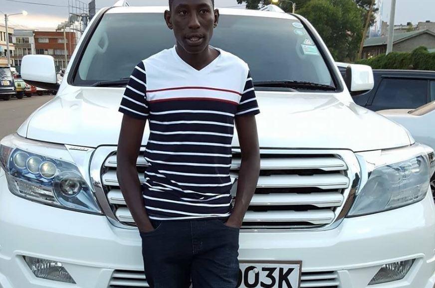 """Conseslus Kipruto """"l' uomo con una sola scarpa"""",  si schianta con l' auto in Kenya"""
